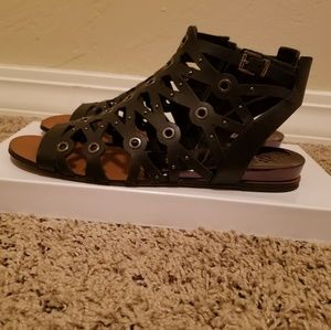 Vince Camuto Black Gladiator Sandals